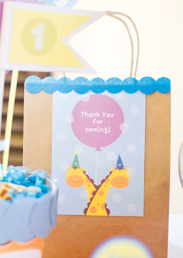 giraffe party favor bag