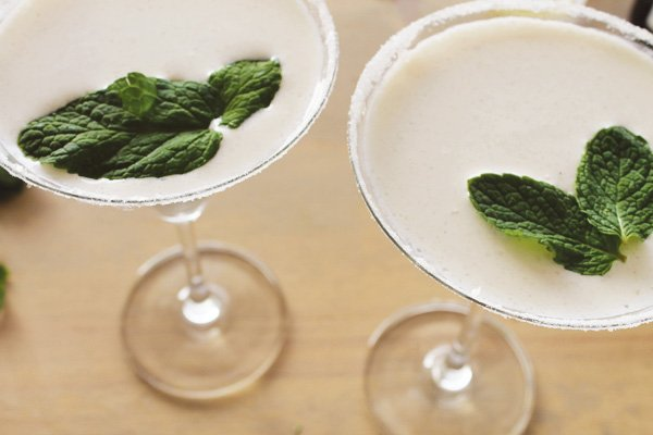 mint vanilla bean cocktail