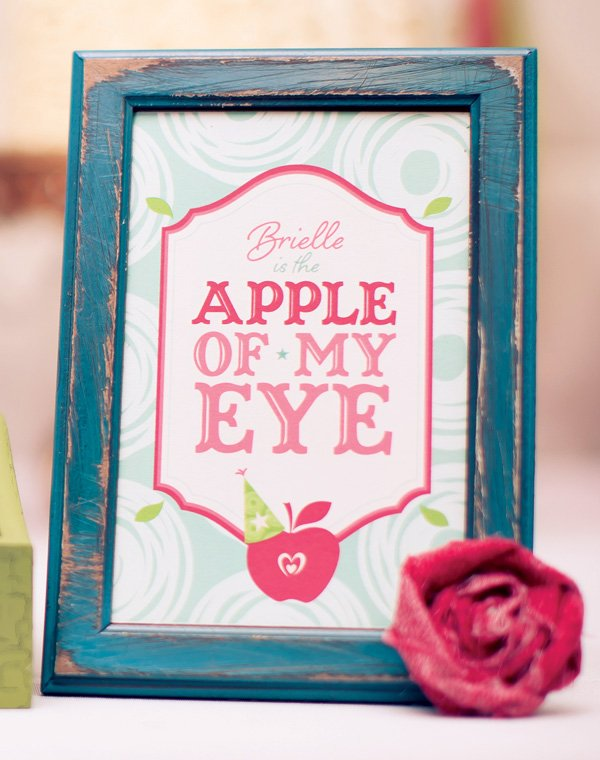 apple of my eye printable party collection from hwtm