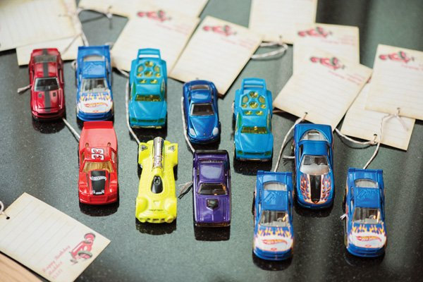 kid car favors