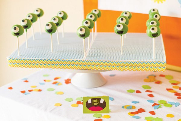 monster eye cake pops