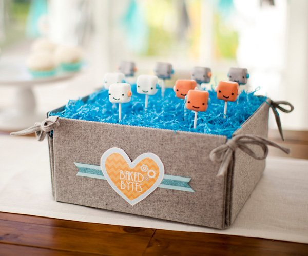 here to download the free robot baby shower printables click here