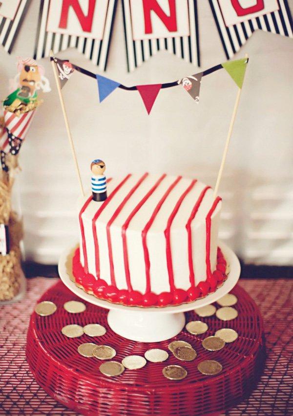 simple pirate birthday cake