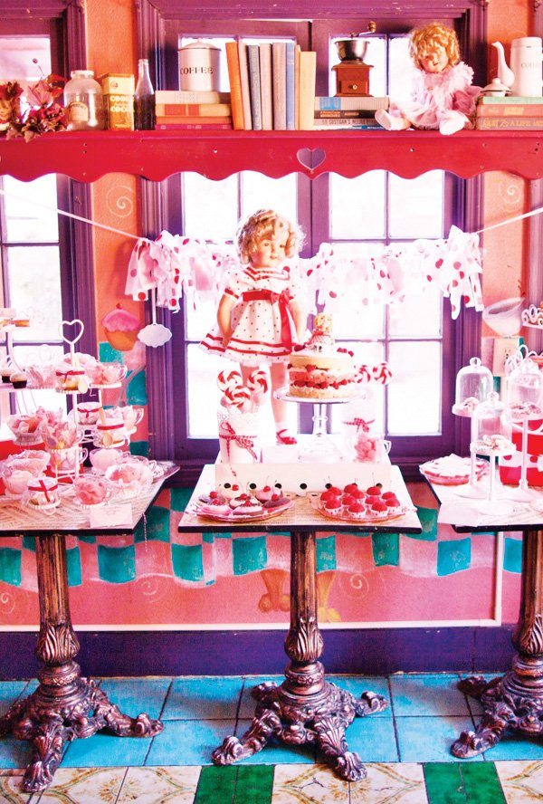 vintage shirley temple dessert table