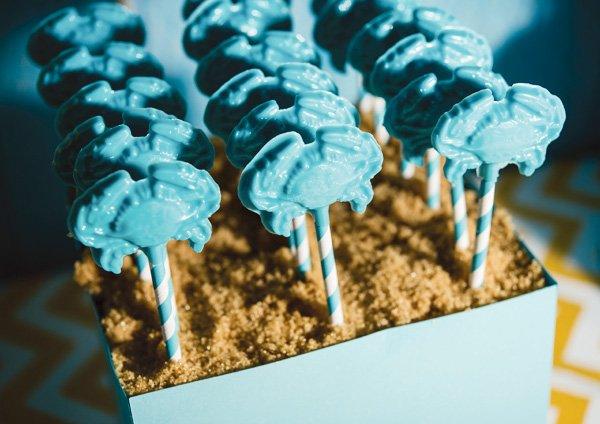 blue crab lollipops on stripe straws