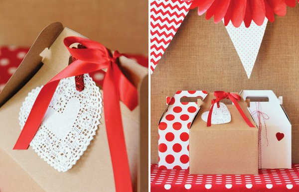doily heart decoration