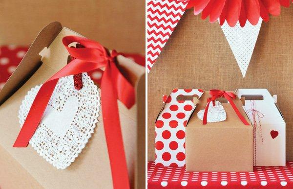 doily heart decoration