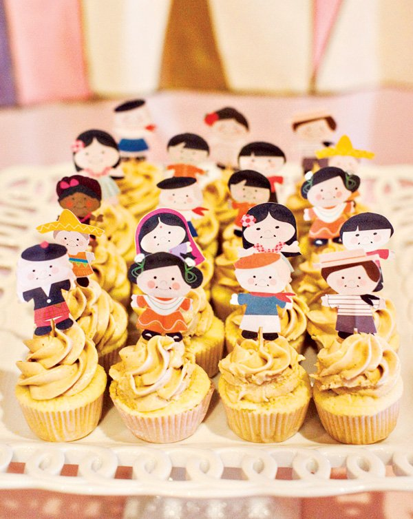 it's a small world after all cupcakes