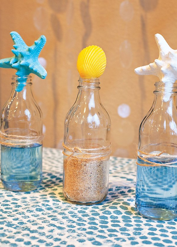 diy-beach-bottle-centerpiece