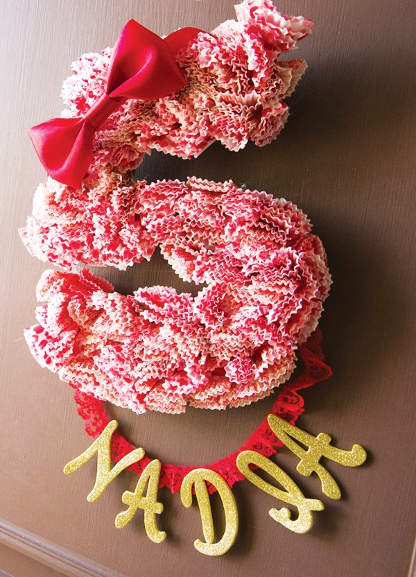 5th birthday cupcake wreath
