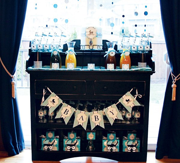 Baby shower drink station