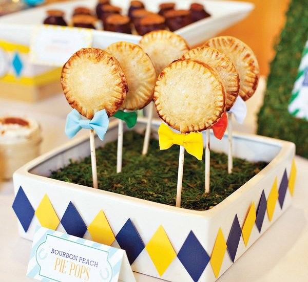 bow tie embellished pie pops