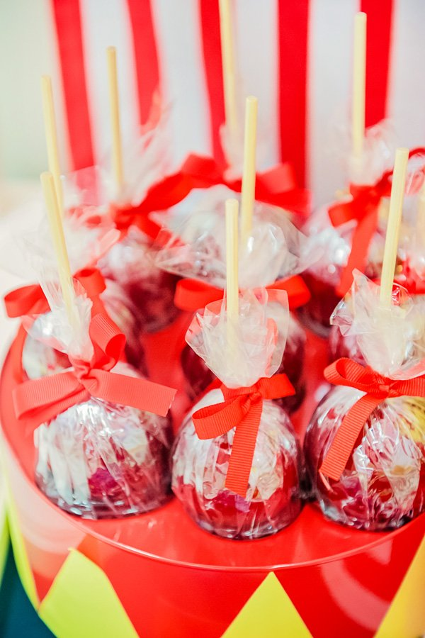 candy apples for a circus party