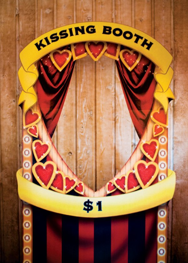 carnival kissing booth