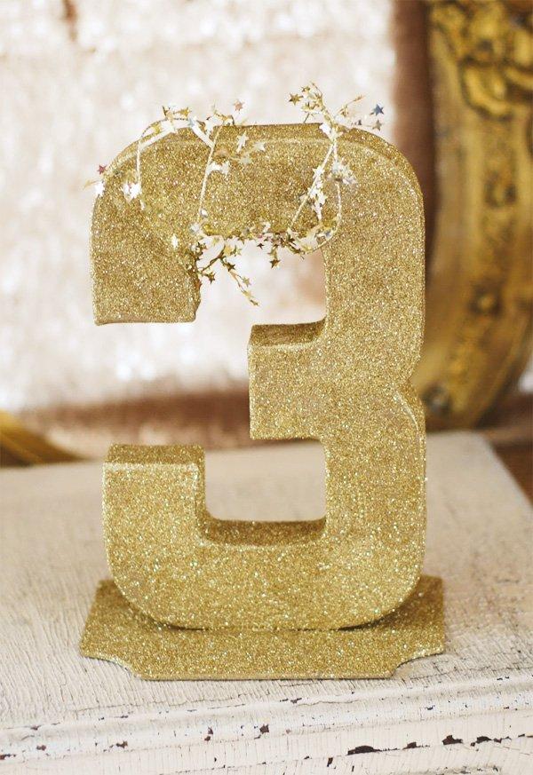 gold glitter 3