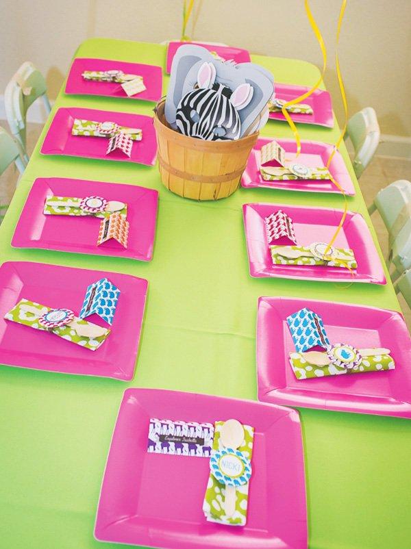 safari kids table