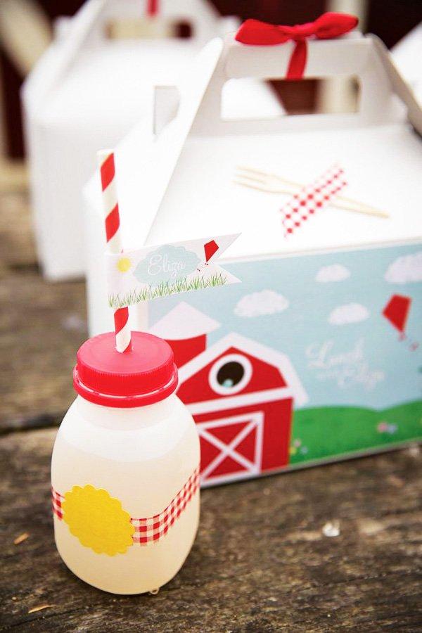 Barnyard Lunch Box
