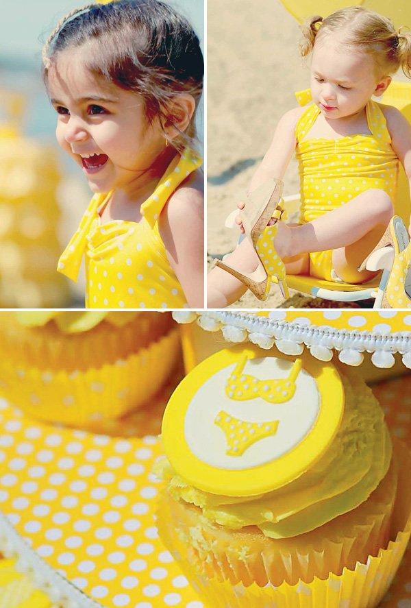 Bikini cupcake toppers