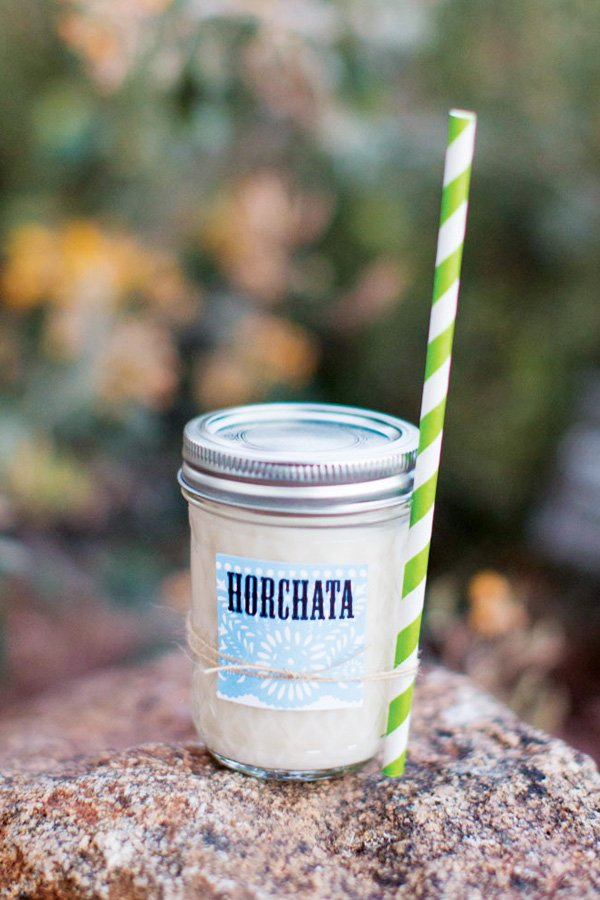horchata in mason jars