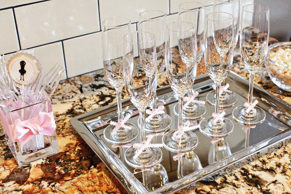 pink bow champagne flutes