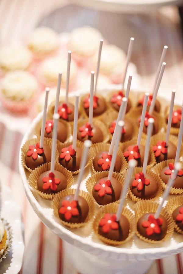 red flower cake pops