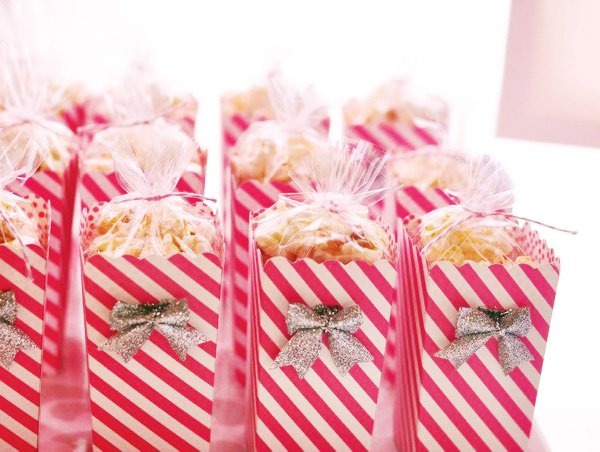 Pink and silver popcorn boxes