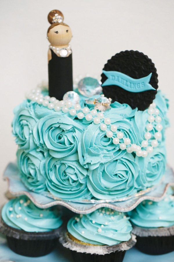 tiffany blue cake