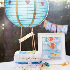 hot air balloon diaper cake with free printable party sign
