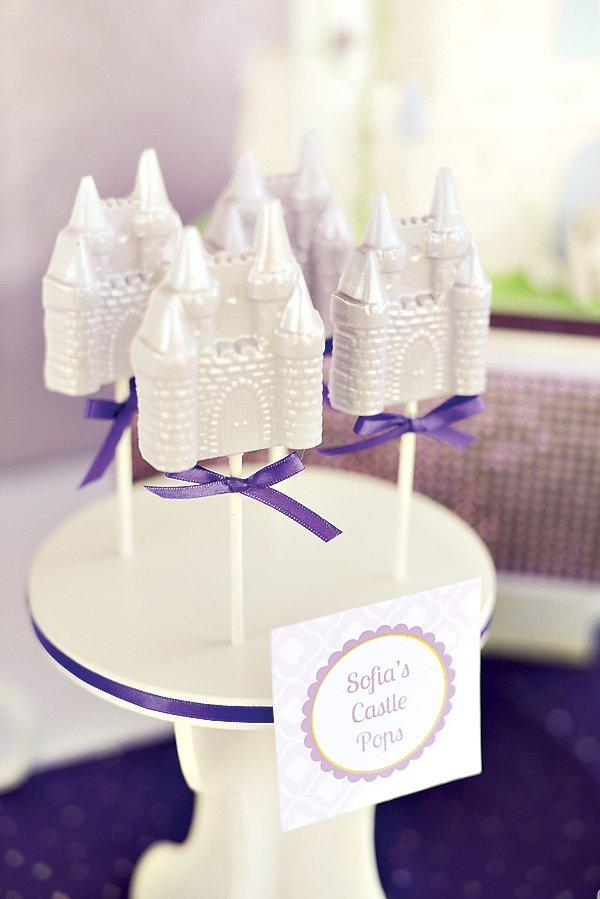 White chocolate castle pops