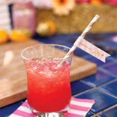 hot pink drink with printable drink flag