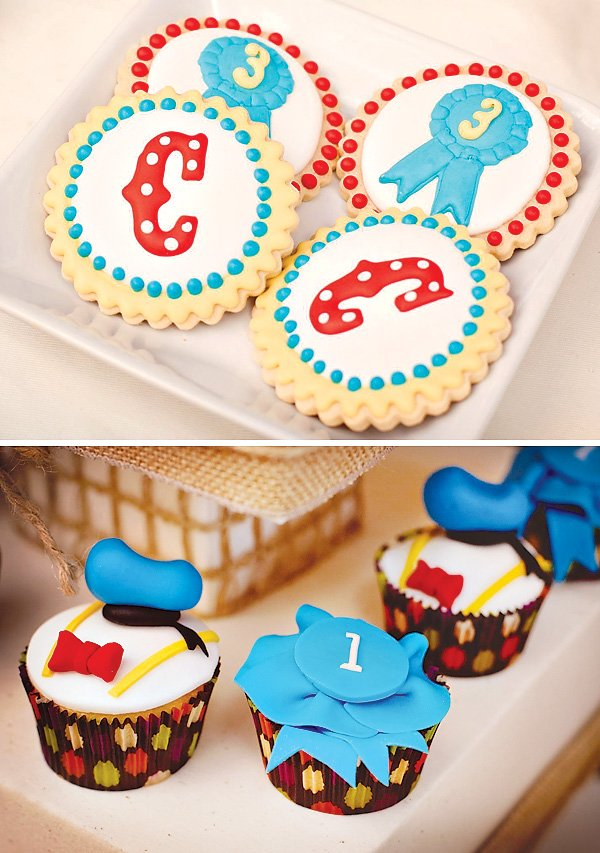 donald duck inspired cupcake toppers