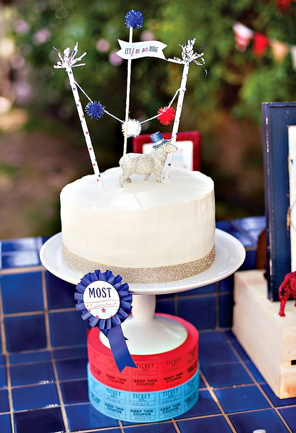 4th of July Cake with Pom Pom Bunting