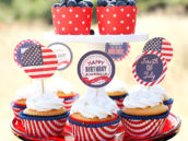 4th of July Cupcakes with American Flag Cupcake Toppers