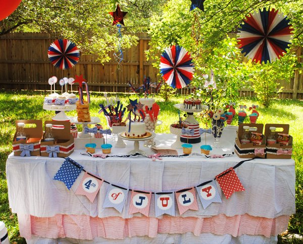 july 4th dessert table