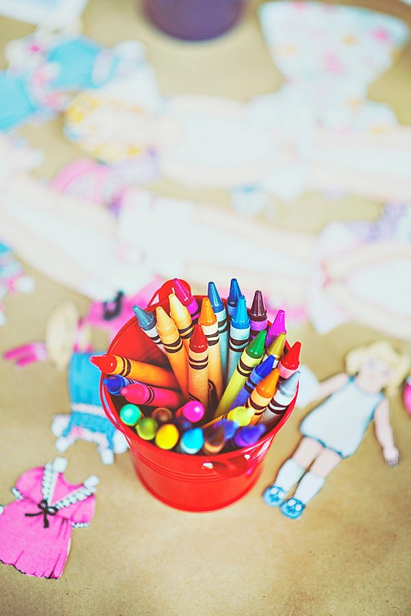 Paper doll coloring activity