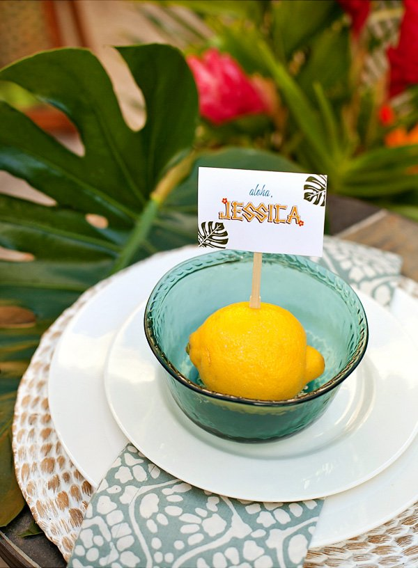 Tropical place setting with lemon place card holder