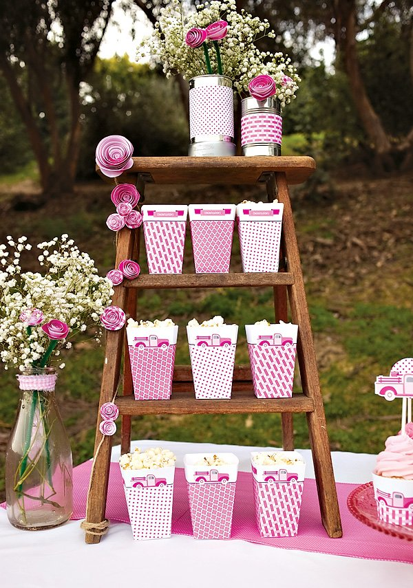 pink pick up truck popcorn ladder with paper flowers