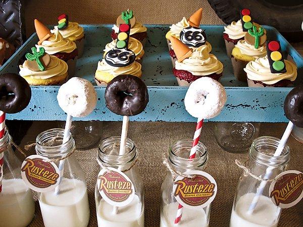 Route 66 Cake Pops