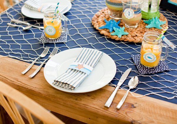 adult sea inspired tablescape
