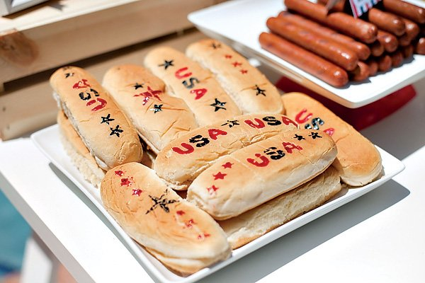 patriotic stamped hotdog buns