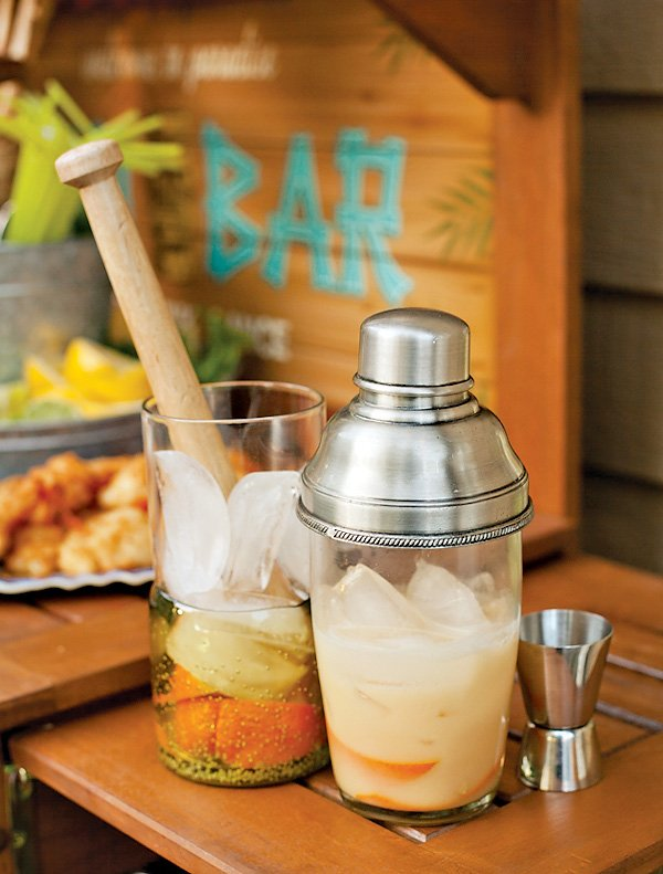 Tiki Bar Cocktails