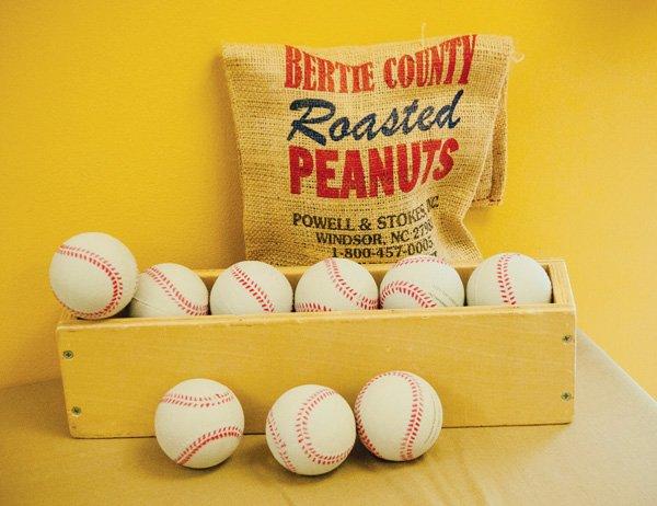 Baseball party decor