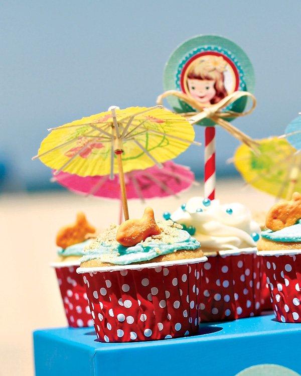 beach baby cupcakes