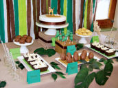 dinosaur dessert table