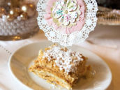 Pink & pearly doily dessert topper
