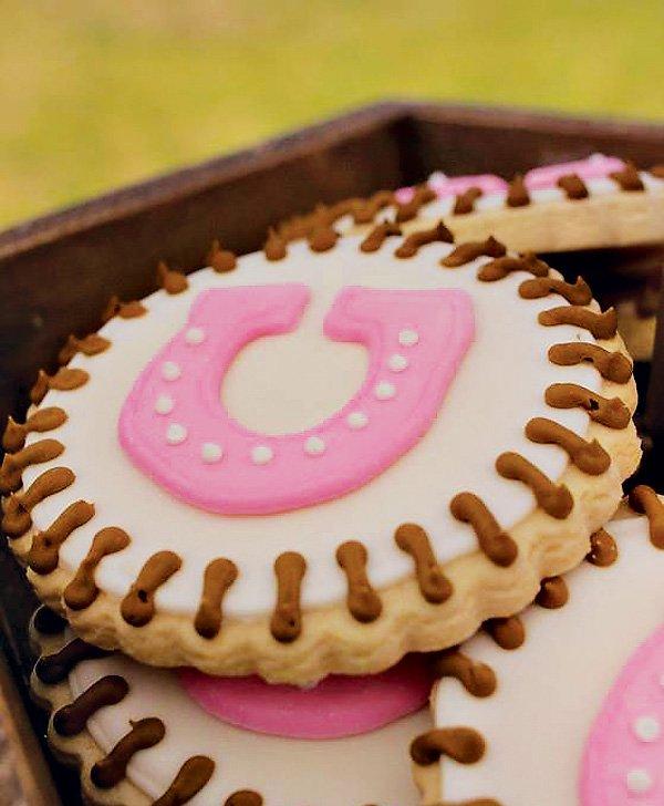 horseshoe cookies