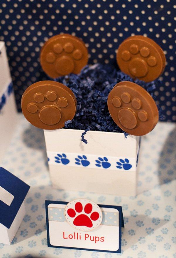 Chocolate Paw Print Lollipops