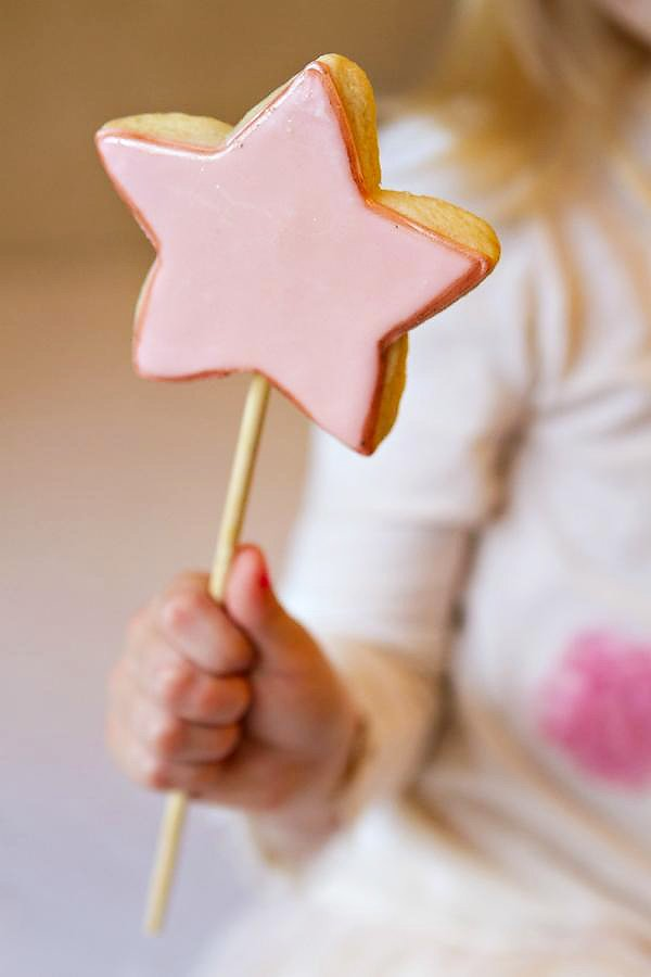 Pink Magic Wand Cookie