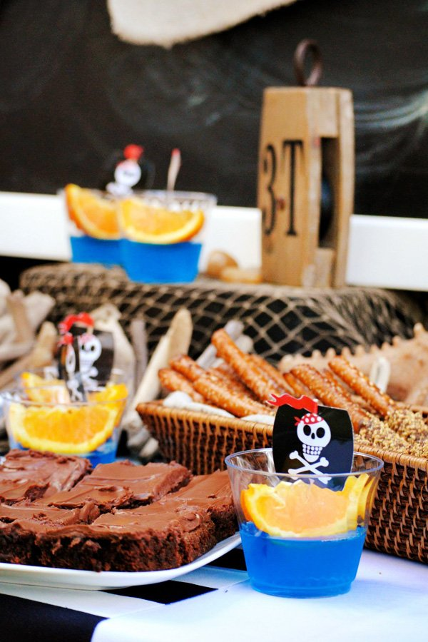 pirate ship drinks