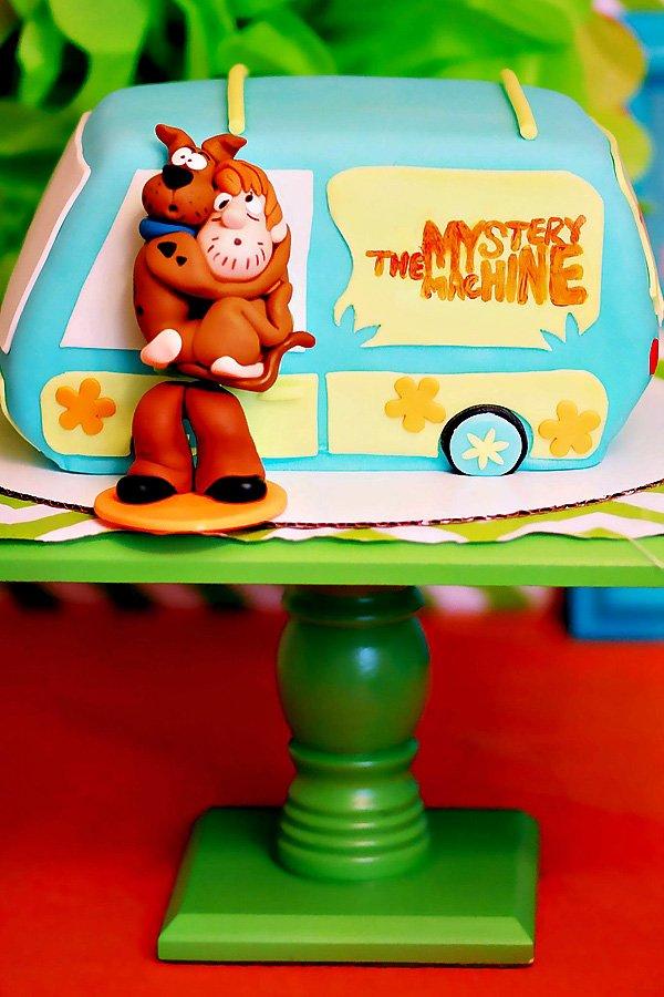 Mystery Machine Birthday Cake